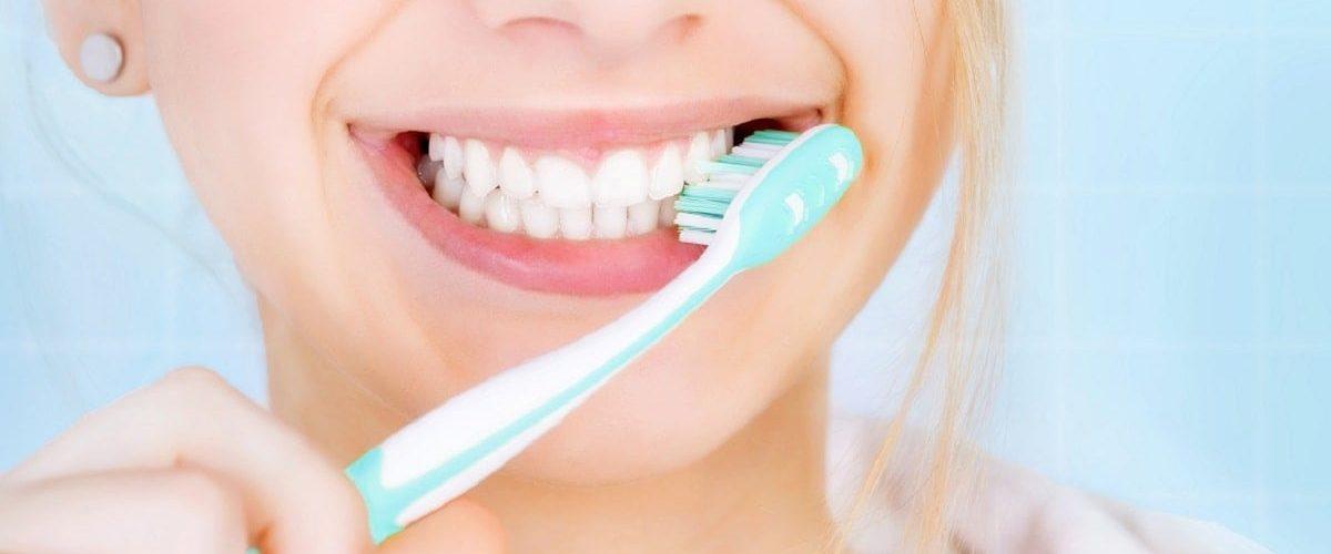 Σωστό βούρτσισμα δοντιών